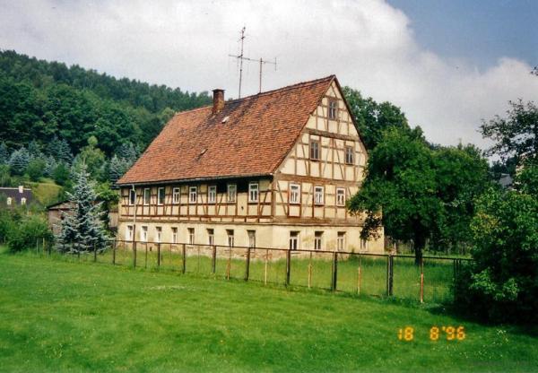 Altes Fachwerkhaus in Einsiedel 1996