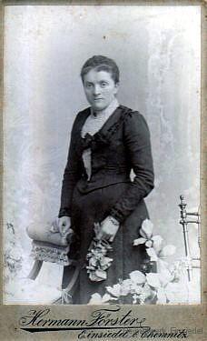 Frau Neubauer, Einsiedel, Am Plan