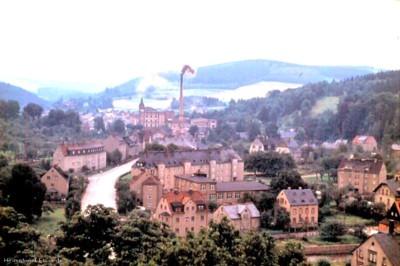 Einsiedel in den 1980er Jahren. Blick von der Schule zur Brauerei.