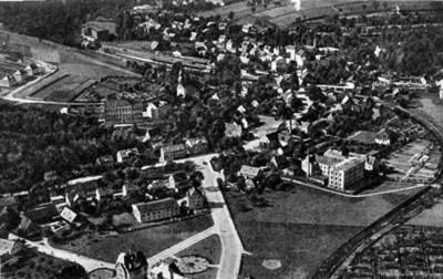 Neue Reichsstraße mit August-Bebel-Platz nach 1927