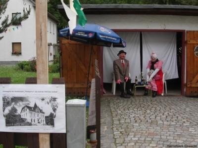 Puppen in der Einsiedler Hauptstr. 42 2004 zur 750-Jahr-Feier