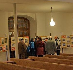 Ausstellung in der Einsiedler Kirche anlässlich der Zerstörung von Einsiedel 1945