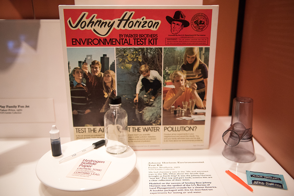 Johnny Horizon Environmental Test Kit | Toys of the '50s, '60s and '70s Exhibit | Heinz History Center