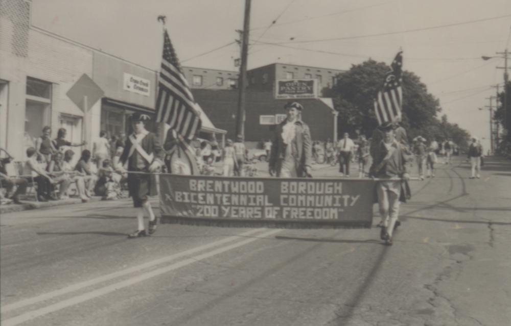 Brentwood Borough celebration of United States Bicentennial, 1976. Heinz History Center.