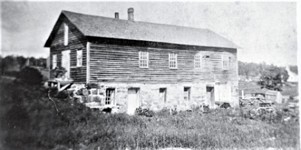Photograph showing John Brown's tannery in New Richmond, Crawford County, Pa., (constructed 1826) sometime before 1907, when the building was largely destroyed by a fire. Courtesy of the Library of Congress, Prints and Photographs Division.