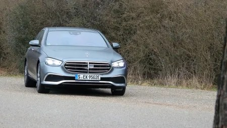 Mercedes E 300e Plug-in-Hybrid im Test: Der teure Gleiter