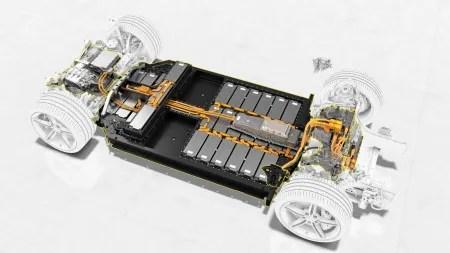 heise+ | Elektroautos: Deutlich kürzere Ladezeiten dank 800-Volt-Batteriesystemen