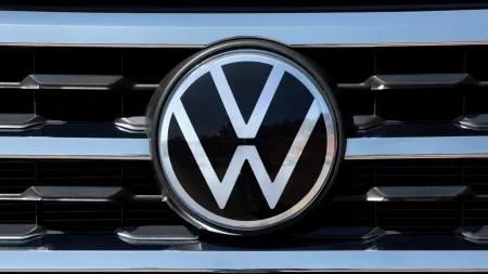 WTF: Aus Volkswagen wird Voltswagen, aus Porsche Forsche und aus Ford Fort