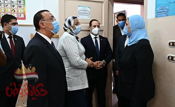 """"""" القباج"""" تزور مجمع الدفاع الاجتماعي بالإسكندرية"""