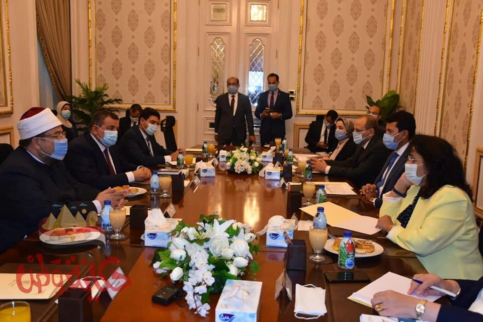 وزراء الشباب والرياضة والإعلام والأوقاف يناقشون سبل إطلاق مبادرة بناء الشخصية المصرية