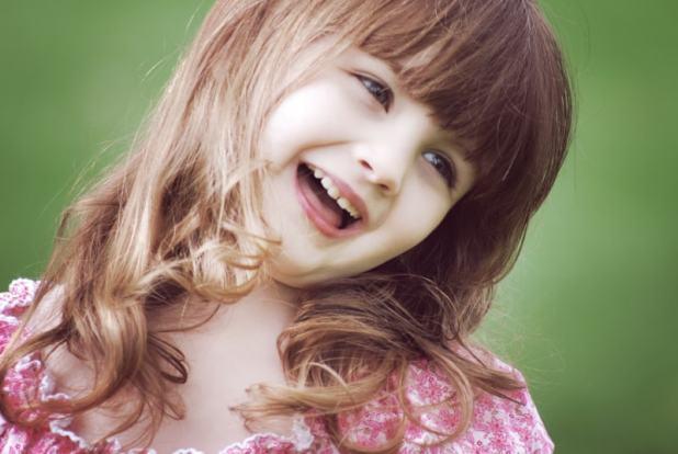 صور ابتسامه فتاه