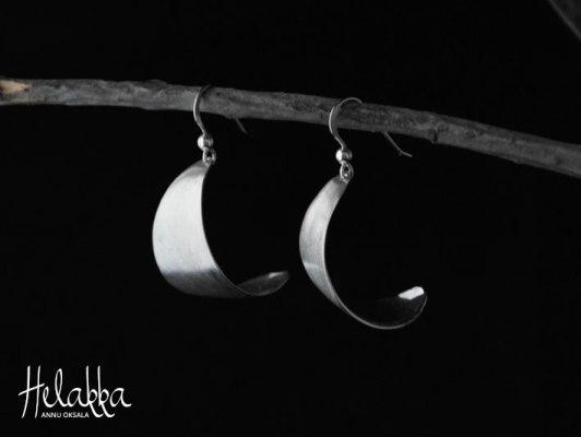 Hopeiset korvakorut lusikoista