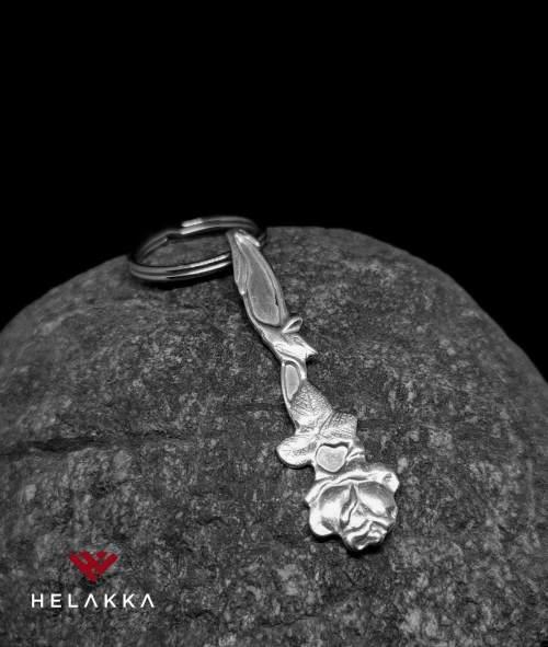 Helakka lusikka avaimenperä
