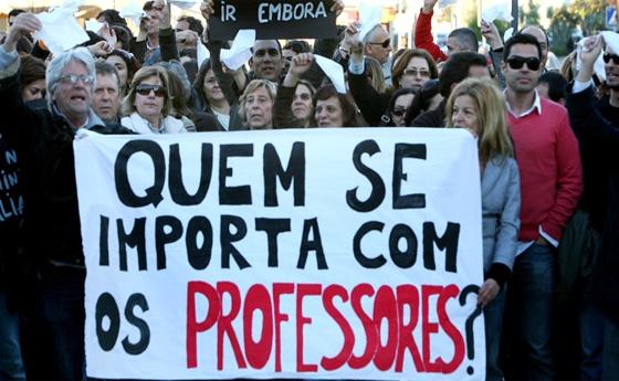 Resultado de imagem para manifestação professores