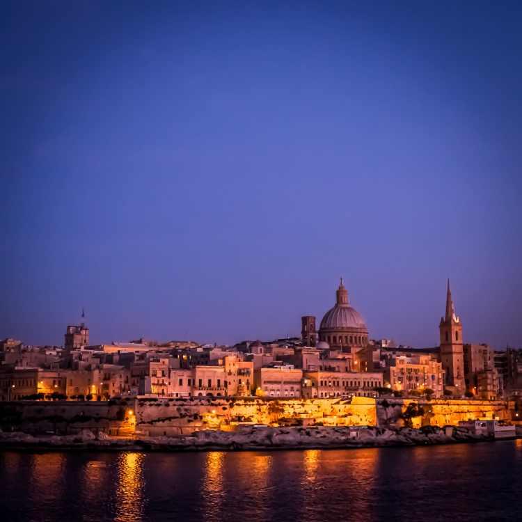 Valletta at Dusk ©HelenBushe
