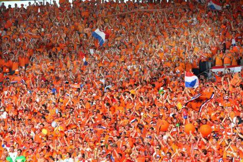 Les néerlandais votent pour les législatives dans un contexte