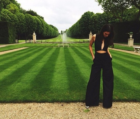 Kendall Jenner style 2014; all black outfits;