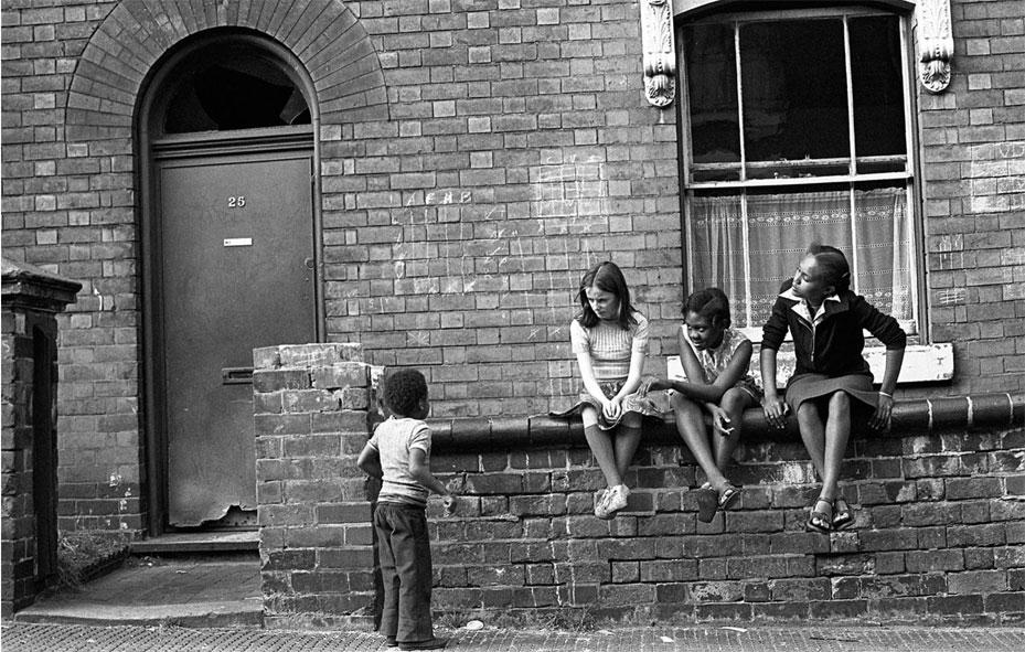 Exhibition - Photographing Birmingham (1968-2011) Vanley Burke
