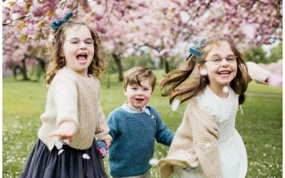 Harrogate Stray Blossom Family Shoot