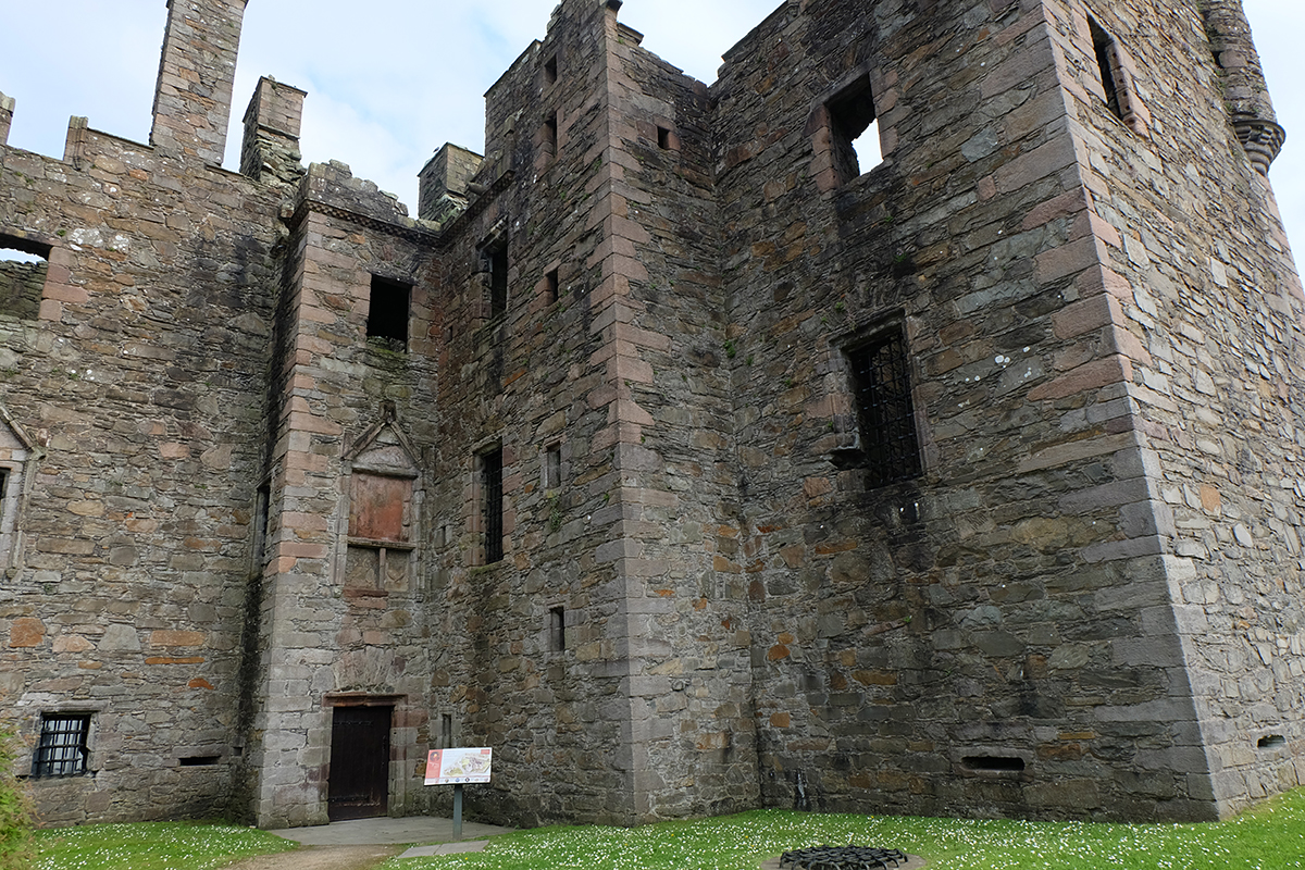 MacLellan's Castle, Kirkcudbright. The castle was built in the late 16th century on the site of a monastery.