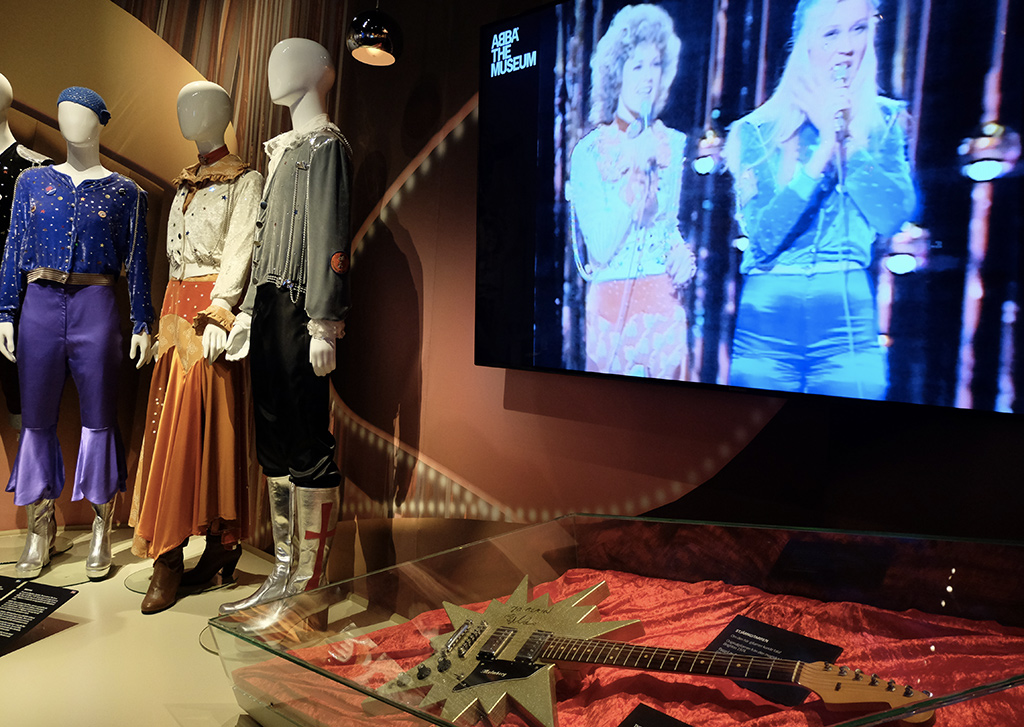 ABBA's costumes for Waterloo