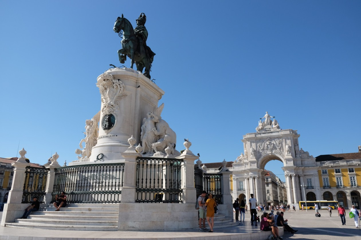 The magnificent Praça do Comércio