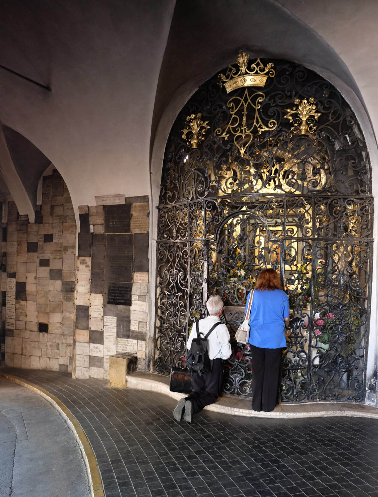 The magical painting of the Virgin and Child in Zagreb's Stone Gate
