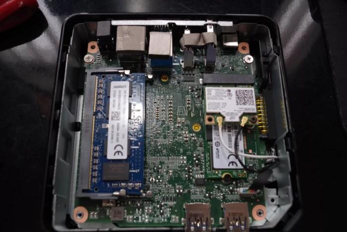 Chromebox_CN62_RAM02