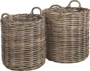Kurver til å ha klær i, fin når du tømmer tørketrommelen for håndklær eller plukker opp klær rundt i huset.