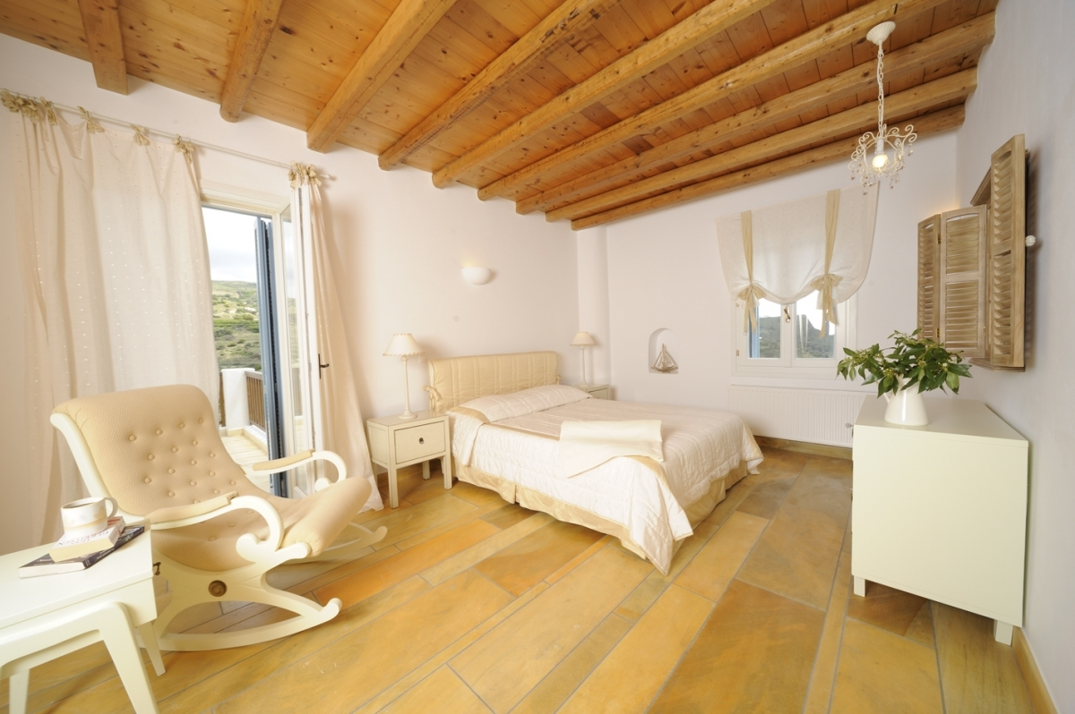Master bedroom of Villa Helias