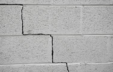 cinder block cracks wall