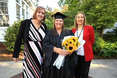 Recent Brenau graduate, Turrah Benton, met her enrollment and success coaches for the first time at commencement.