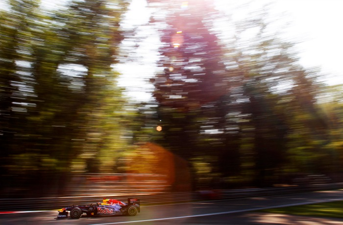 Vettel in the Red Bull Racing RB7 during the 2011 Italian Grand Prix at the Autodromo Nazionale di Monza, in Monza, Italy. Photo credit: Steven Tee/LAT Photographic.