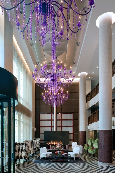 The lobby of the Gansevoort Park Avenue Hotel. Source: pinterest.com/gansevoort