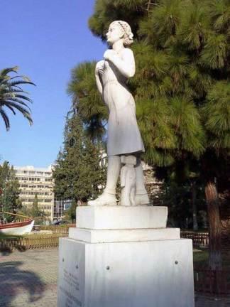 Η Ηρώ Κωνσταντοπούλου στην Καισαριανή