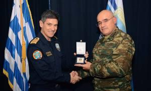 Ο Αρχηγός Στόλου Αντιναύαρχος Ιωάννης Γ. Παυλόπουλος Π.Ν. υποδέχτηκε το Διοικητή της 1ης Στρατιάς Αντιστράτηγο Δημόκριτο Ζερβάκη και τον Αρχηγό Τακτικής Αεροπορίας Αντιπτέραρχο (Ι) Γεώργιο Μπλιούμη στο Συγκρότημα του Αρχηγείου Στόλου