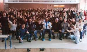 Το Let's do it Greece 2019 μόλις ξεκίνησε από το Ολυμπιακό Χωριό με τους υπέροχους μαθητές, τους καθηγητές και τους εθελοντάρες της Νέας Γενιάς του Ολυμπιακού Χωριού που δεν σταματούν να μας εμπνέουν