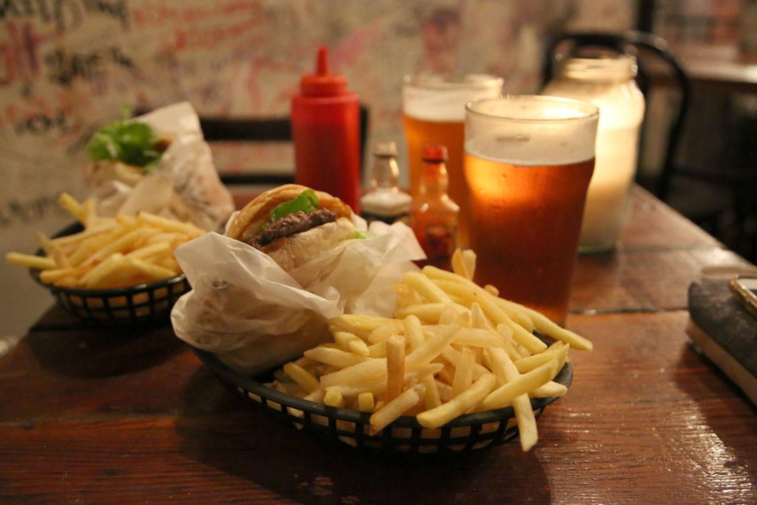 Burger på Mary's. Foto: Helle Øder Valebrokk