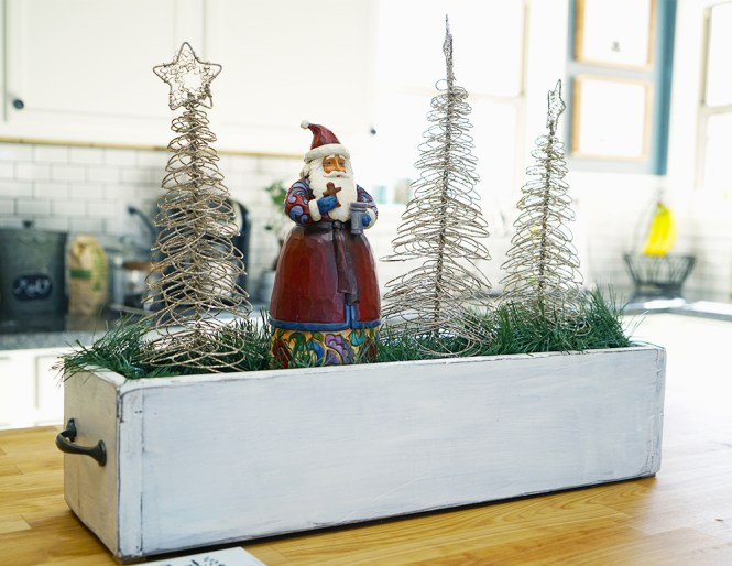 christmas decorating tips - kitchen island butcher block