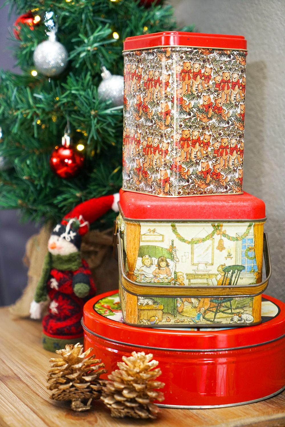 christmas decorating tips - vintage christmas tins