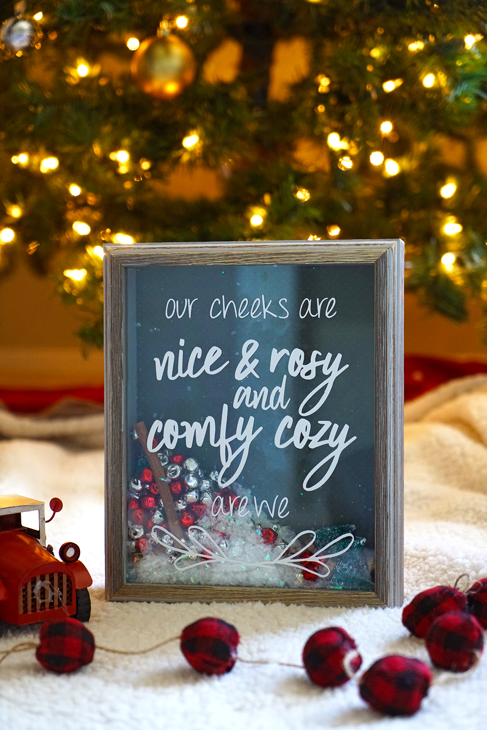 easy DIY christmas shaker box