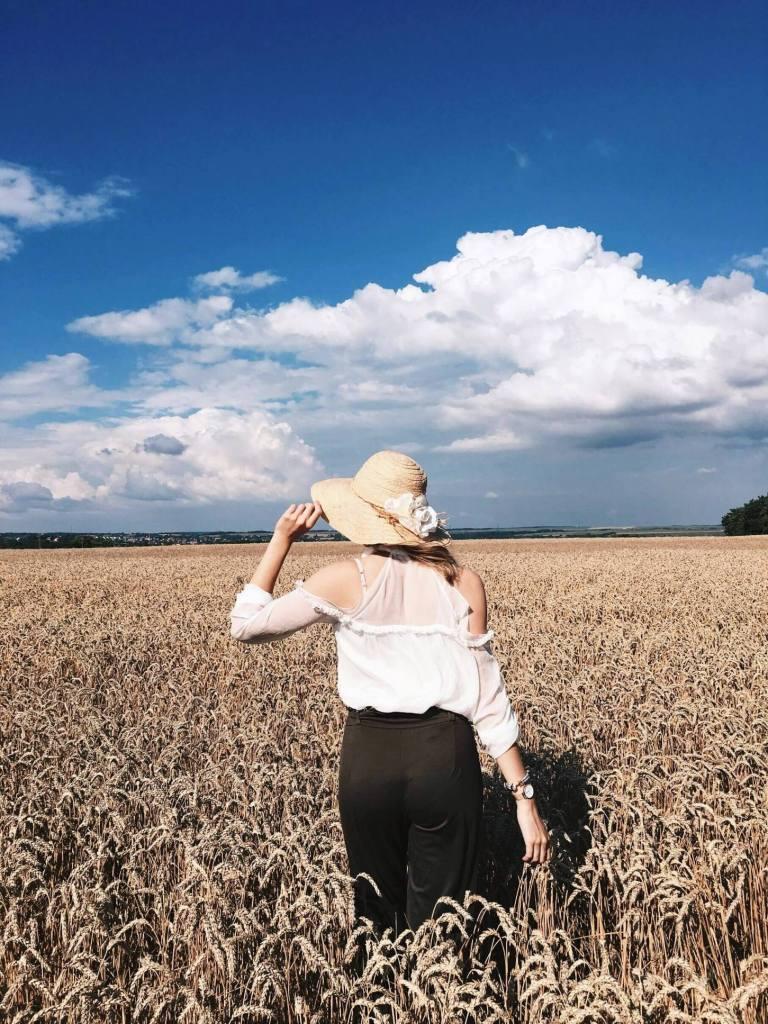 hellolife-blog-nyar-outfit-buzamezok-kalap