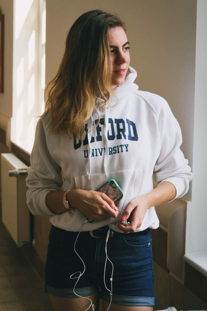 hellolife-blog-iskolai-outfit-pulover