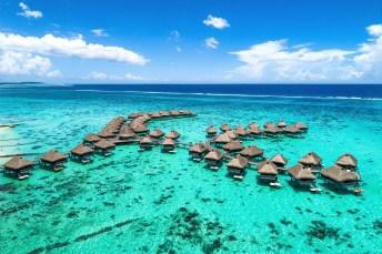 Wasserbungalos in Französisch-Polynesien