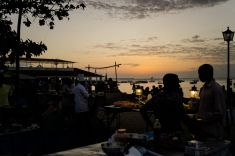 Forodhani Food Market bei Sonnenuntergang