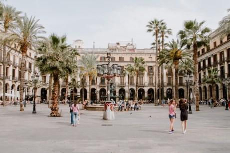 Ansicht vom Placa Reial in Barcelona