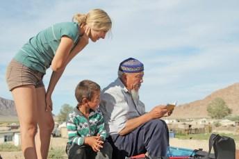 Reisende mit Nomaden in Khovd