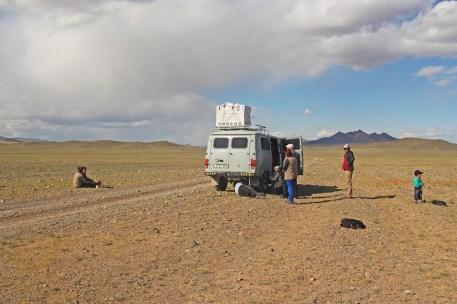 Reifenplatzer beim Transfer nach Ulaangom