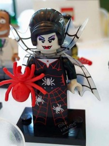 LEGO Collectible Minifigures Series 14 71010 Vampire Lady
