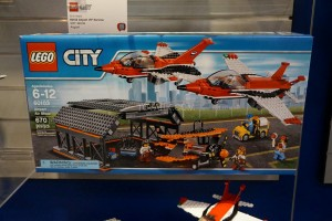 LEGO City 60103 Airport Air Show 1